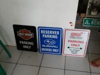 SIGN BOARD GARAGE