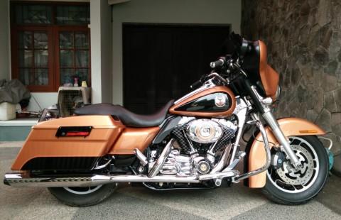Harley Davidson FLHX Street Glide 105th