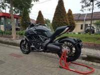 Ducati Diavel base black 2013