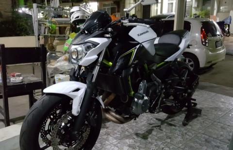 Kawasaki z650 ER6 CB FZ GSR Z800