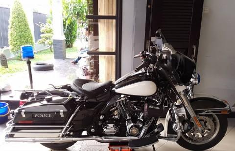 Harley Davidson FLHTP Electra Police