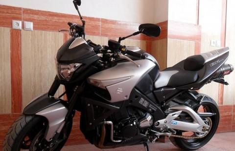 Suzuki bking 1300